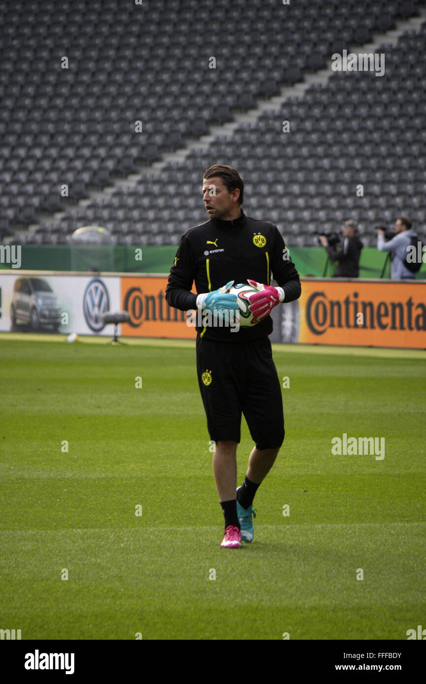 Roman Weidenfeller - Training von Borussia Dortmund vor dem anstehenden Finale um den DFB-Pokal zwischen Borussia - Stock Image