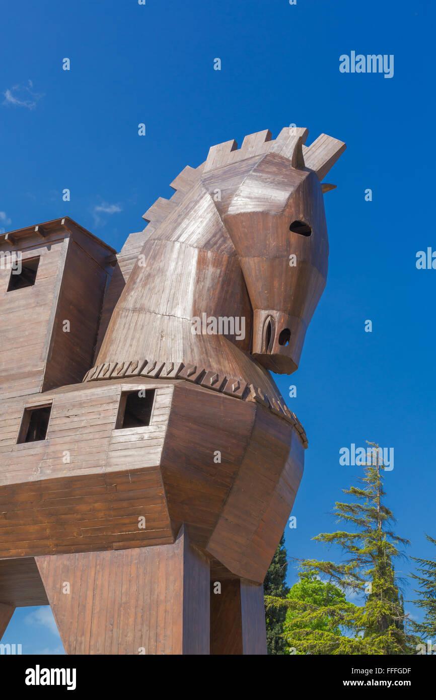Modern Wooden Sculpture Of Trojan Horse Troy Canakkale Province Stock Photo Alamy