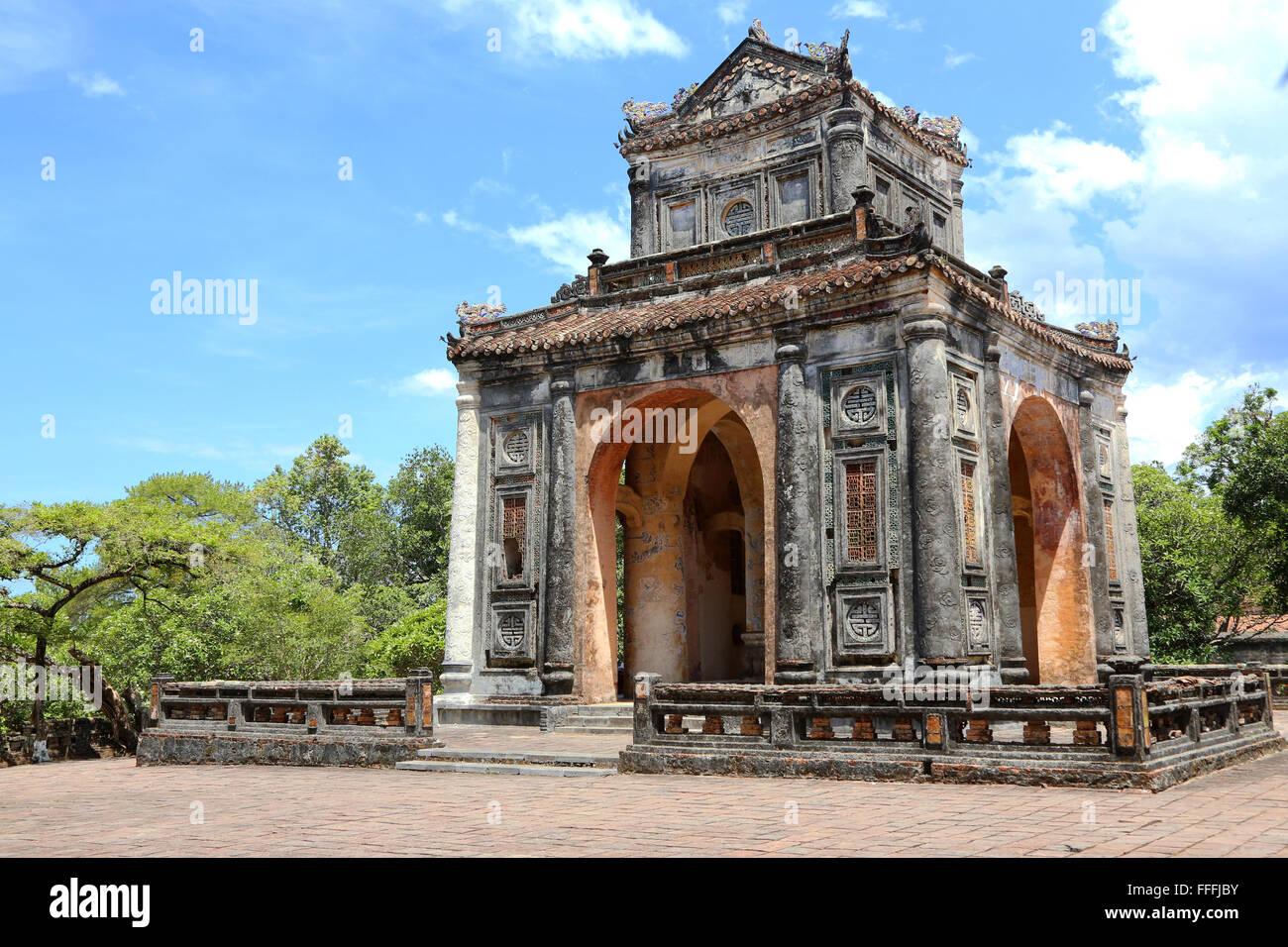 Stele Pavilion at the tomb of Emperor Tu Duc, near Hue, Viet nam - Stock Image