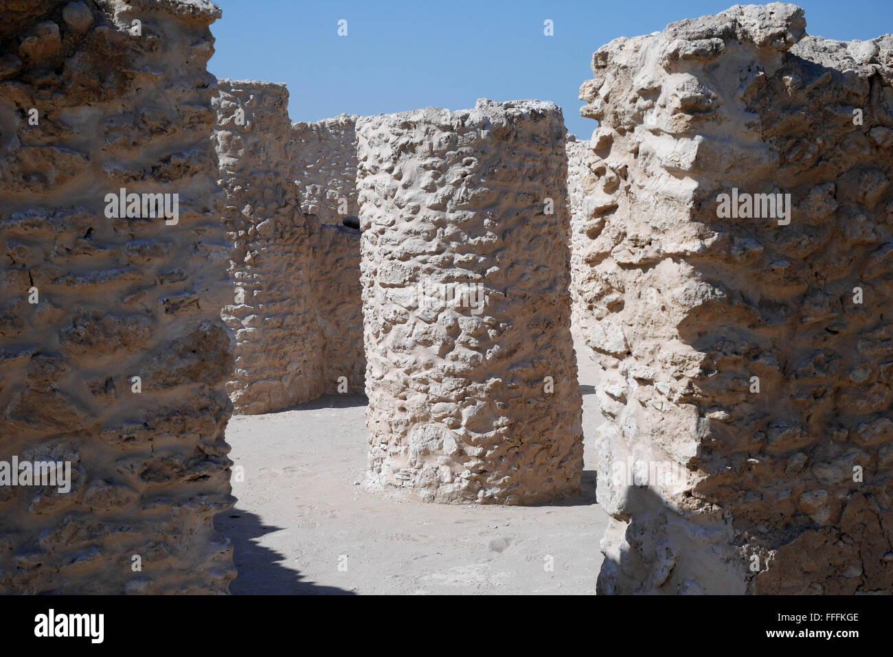 Entrance to the temple at the Dilmun era Saar Settlement, Saar, Kingdom of Bahrain - Stock Image
