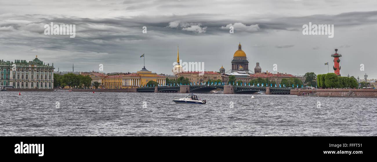Cityscape over Neva river, Saint Petersburg, Russia - Stock Image