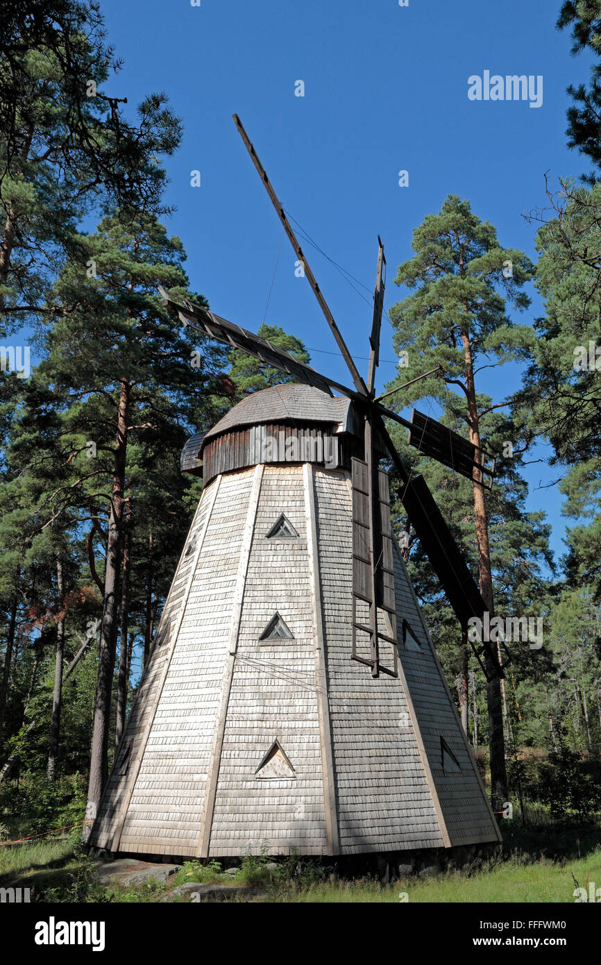 A traditional Finnish wooden windmill on Seurasaari Island and Open-Air Museum, Helsinki, Finland. - Stock Image