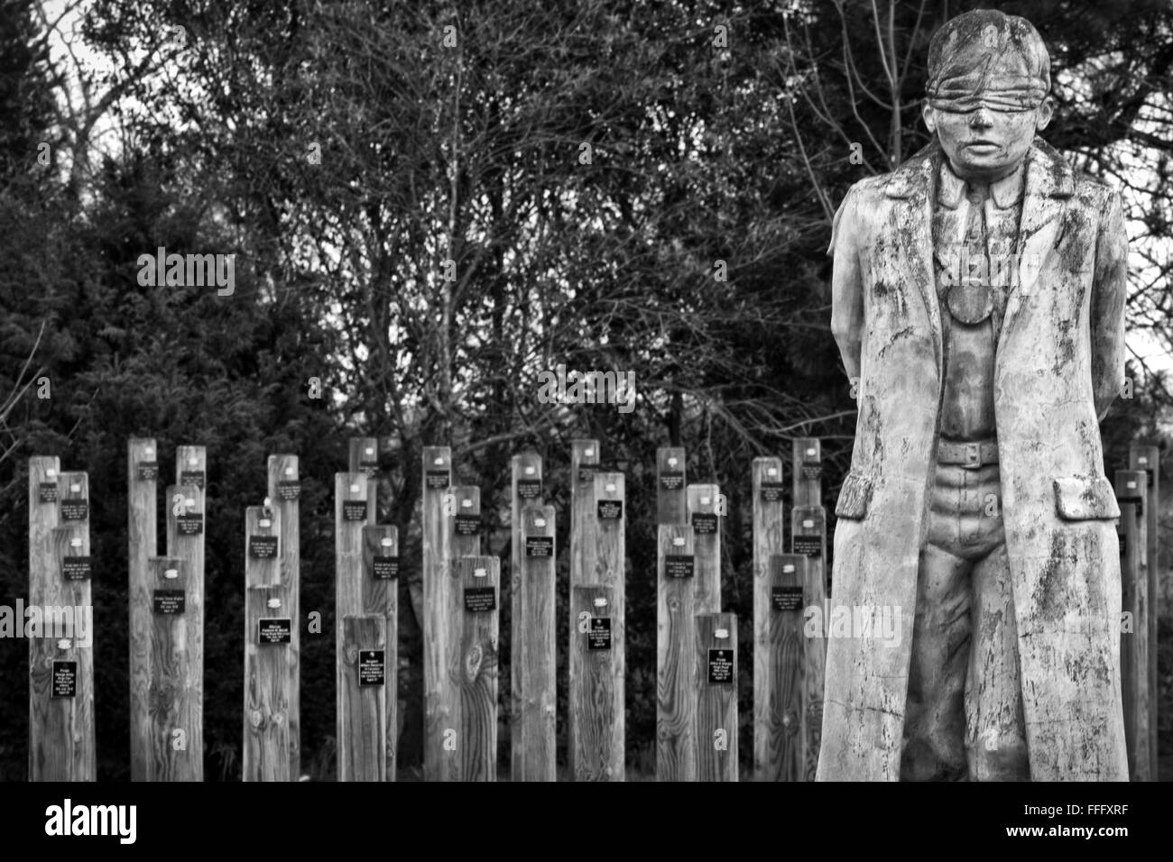 Shot at Dawn Remembrance Statue, Black and white - Stock Image
