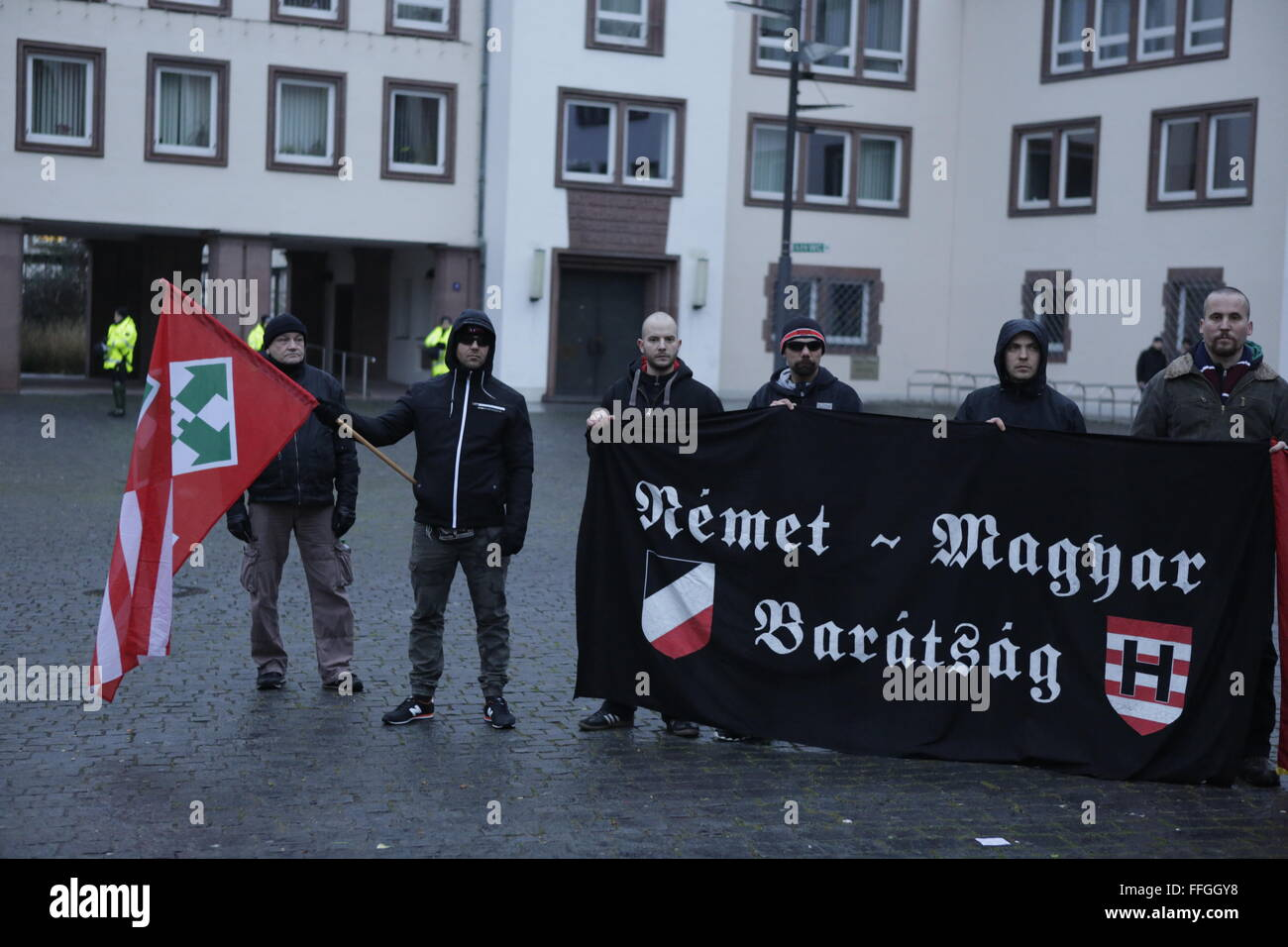 Worms, Germany. 13th February 2016. The right wing protesters hold a small rally at the market square of Worms. Stock Photo