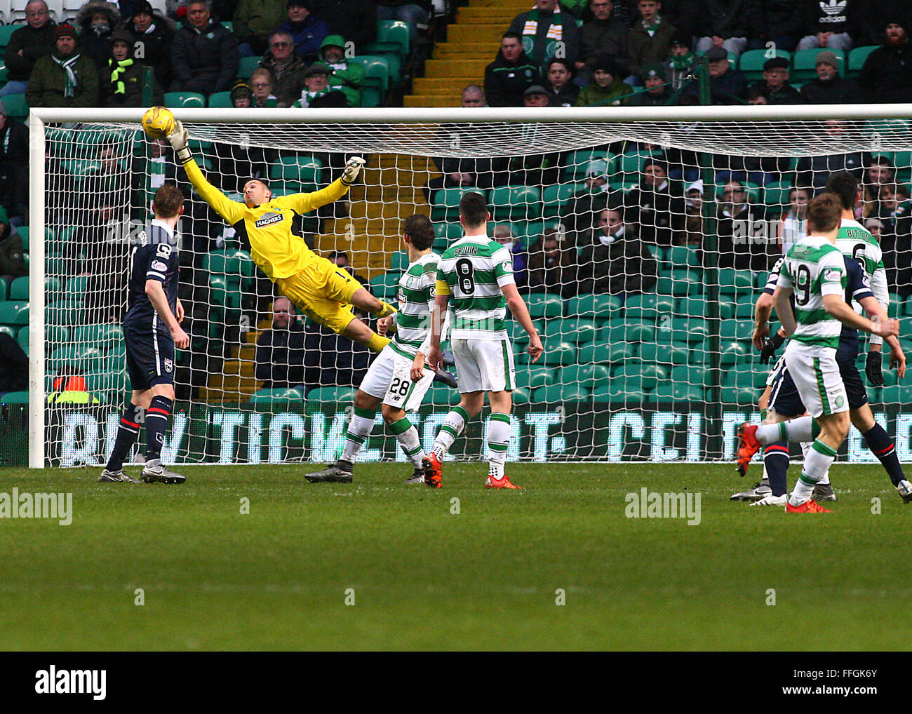 Craig Gordon of Celtic during the Celtic v Ross County Ladbrokes Scottish Premiership match at Celtic Park, Glasgow - Stock Image