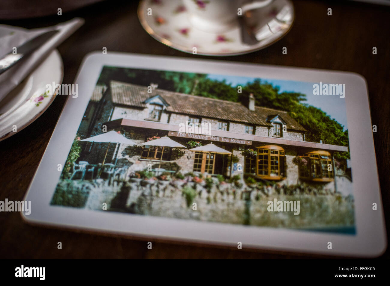 Quaint table/ place mat of tearoom in Cheddar, England - Stock Image