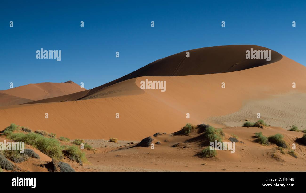Sand Dune Big Mama at Sossusvlei dune field, Namibia - Stock Image