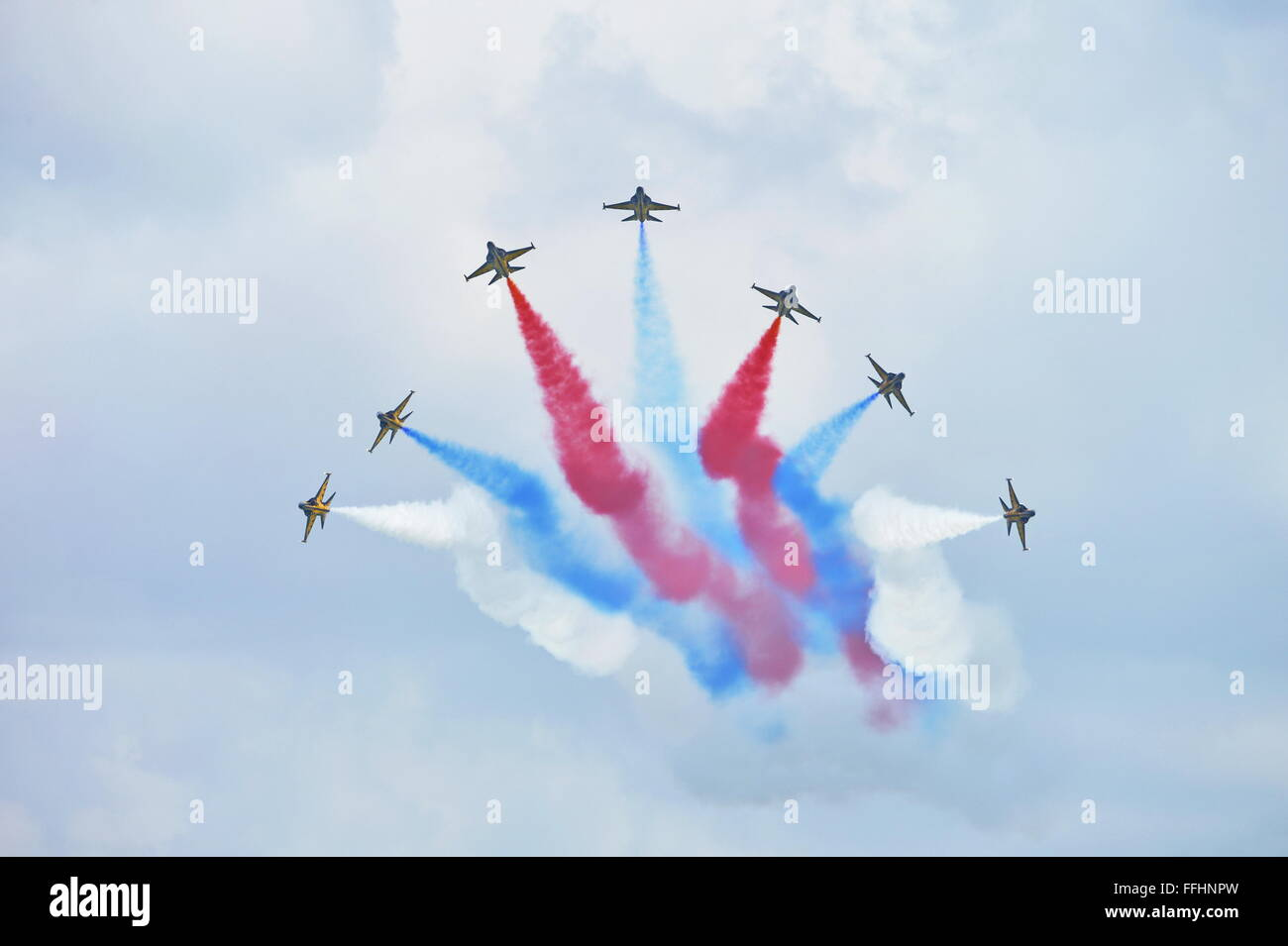 Black Eagles, (T-50B), aerobatics team, Singapore Airshow 2016, Republic of Korea Air Force RoKAF https://www.singaporeairshow.com/aerobatic - Stock Image