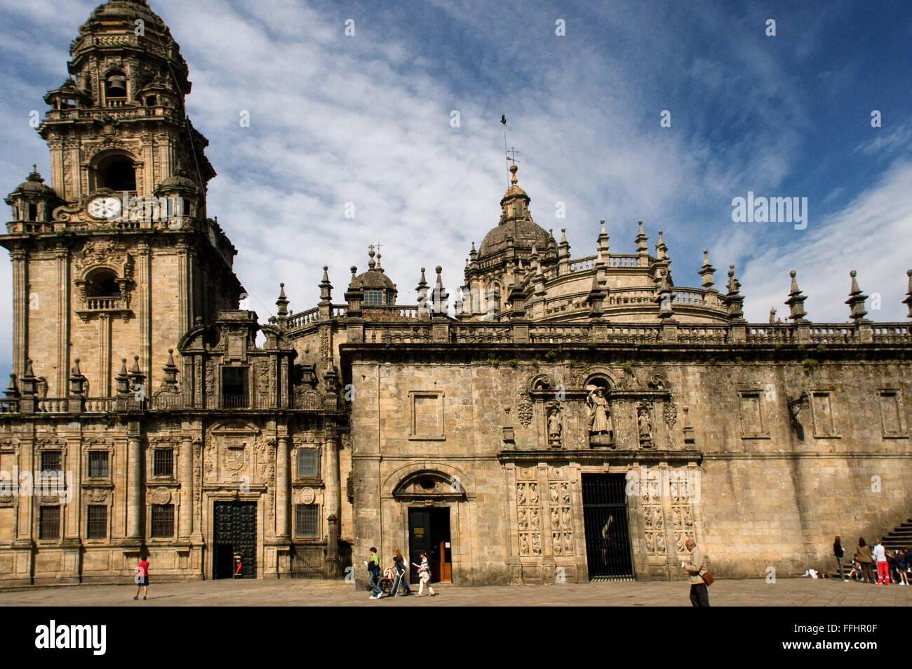 Way of St. James, Jacobean Route. Old town of Santiago de Compostela. Quintana de Vivos Square. San Paio de Antealtares - Stock Image
