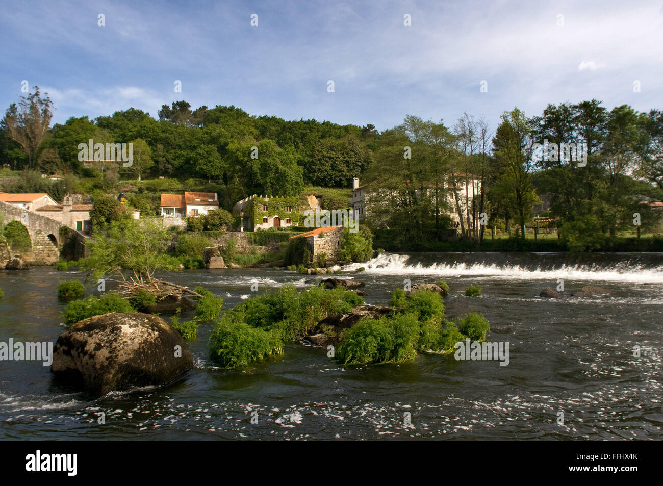 Way of St. James, Jacobean Route. Houses on the Tambre River passing by Ponte Maceira. A Coruña. St. James's - Stock Image