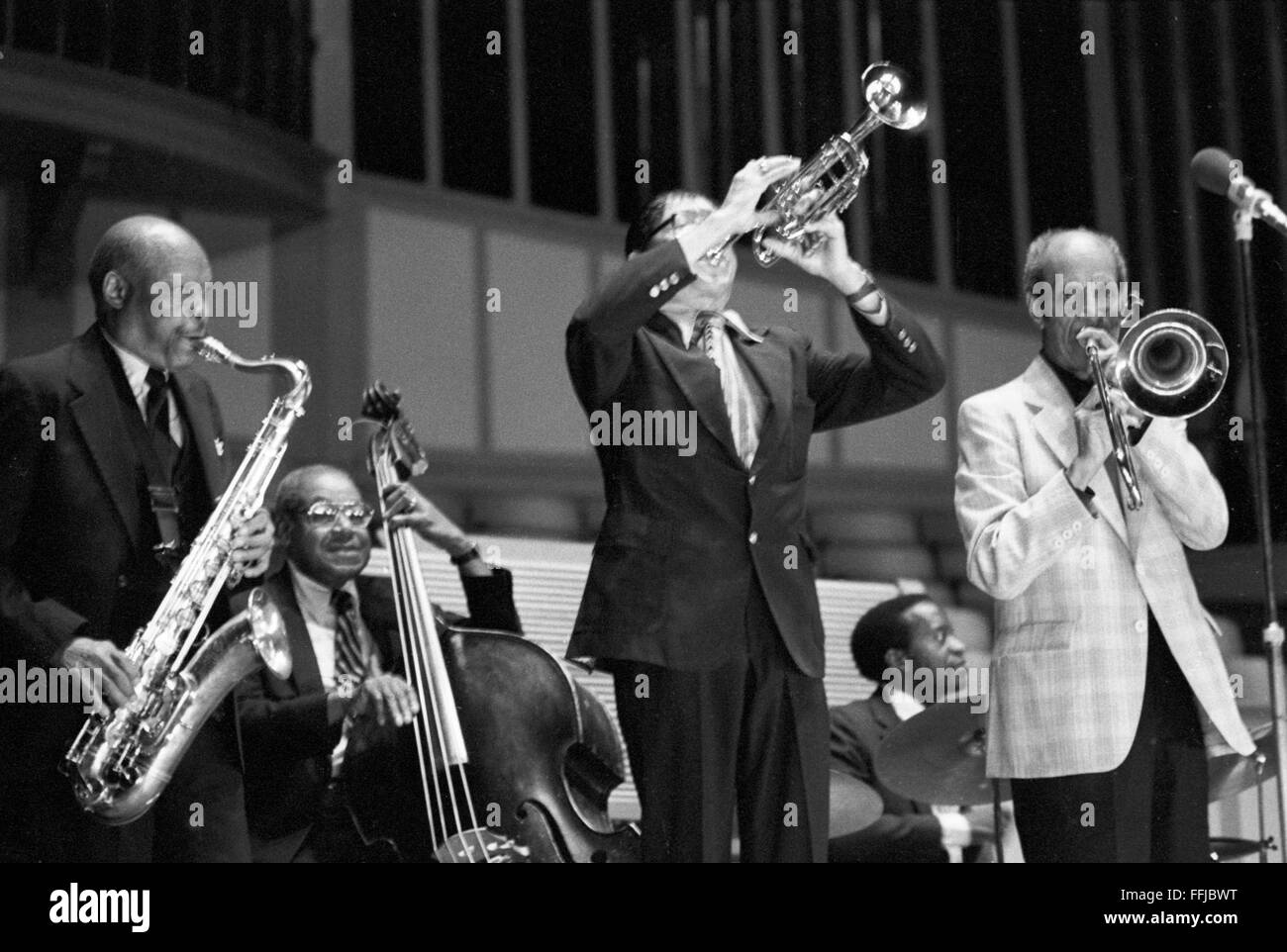 From left to right: Budd Johnson, Al Hall, Doc Cheatham, Jackie Williams, and Vic Dickenson. This concert took place - Stock Image