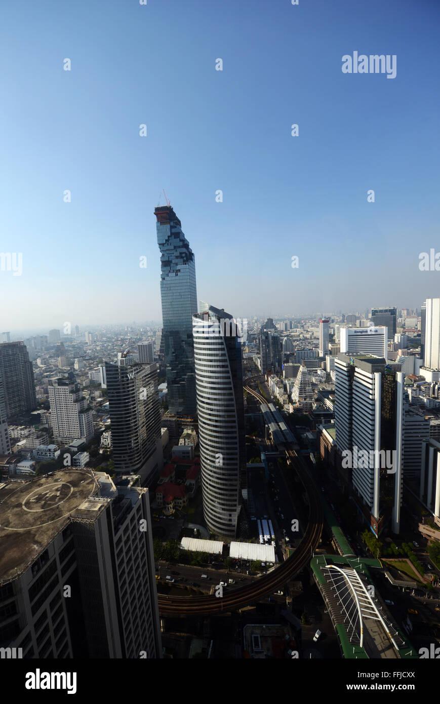 The ultra modern MahaNakhon Skyscraper in Bangkok, Thailand. - Stock Image