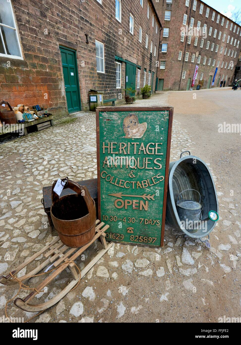 A heritage antiques & collectables open sign - Stock Image