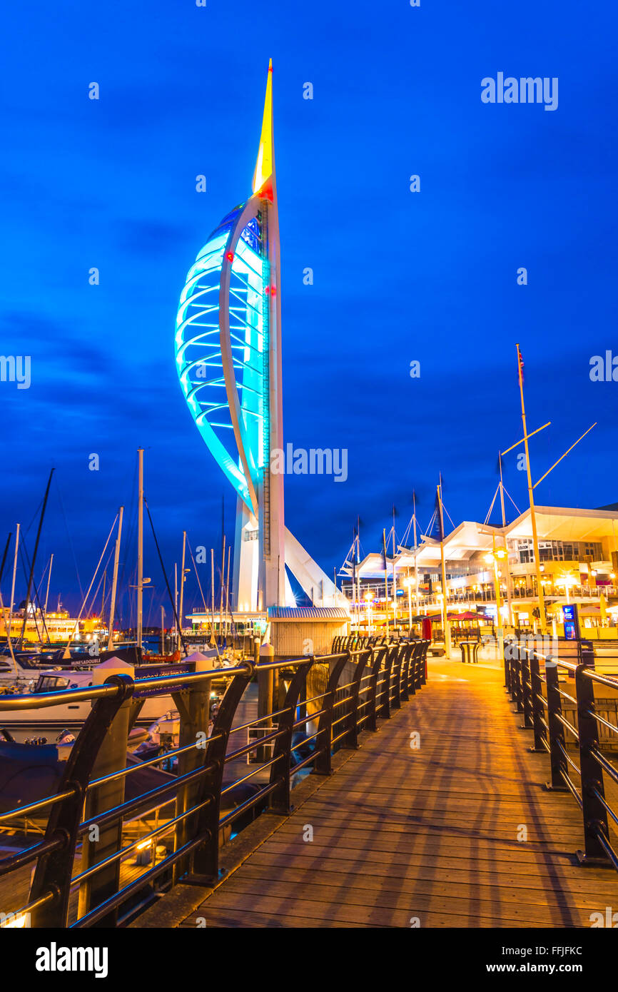 The spinnaker at night, Gunwharf - Stock Image