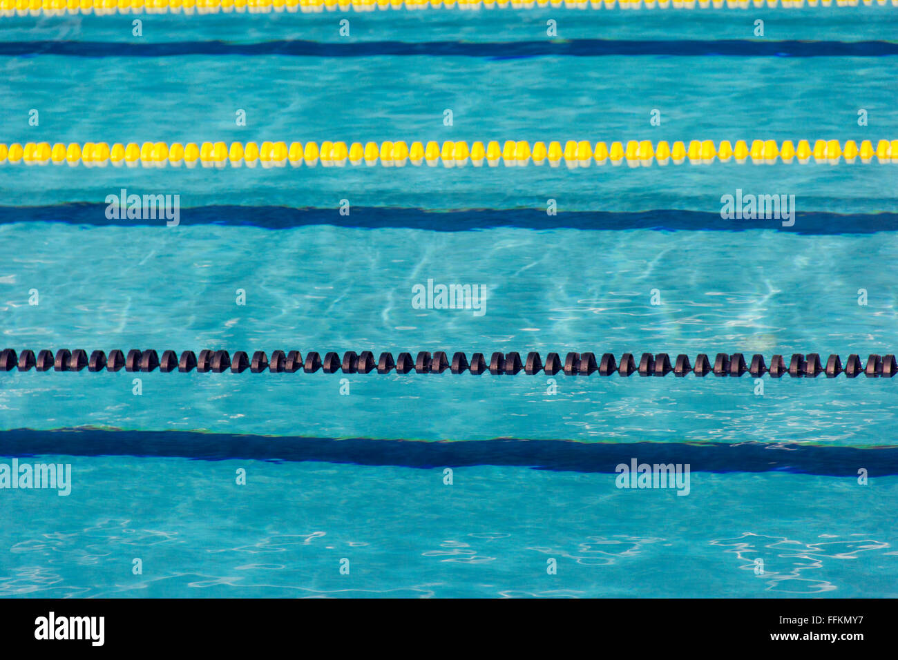 pool, swimming pool, piscina, piscine, tank, rope, string ...