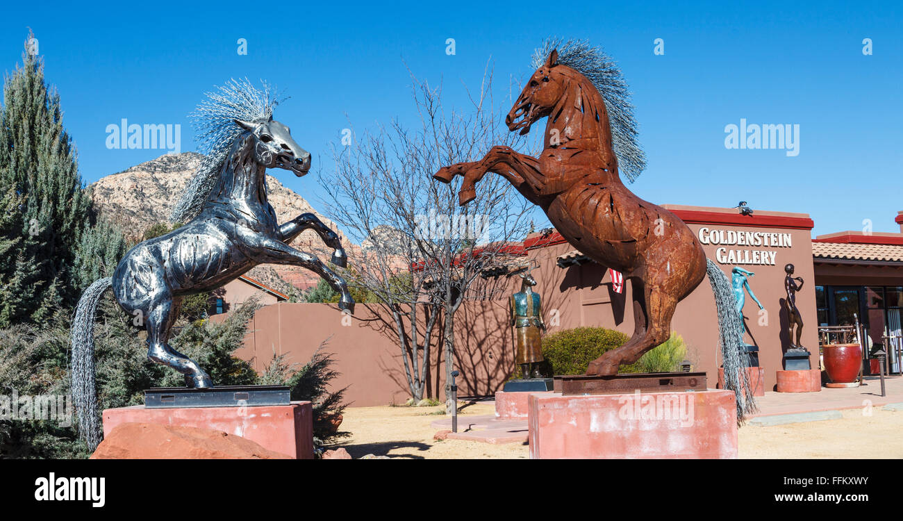 Art displayed outside Goldenstein Gallery in Sedona Stock Photo