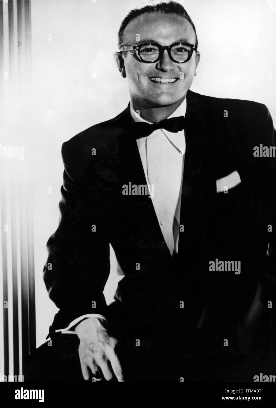 Vaughn, Billy, 12.4.1919 - 26.9.1991, American musician and singer, half length,1950s, Additional-Rights-Clearances - Stock Image