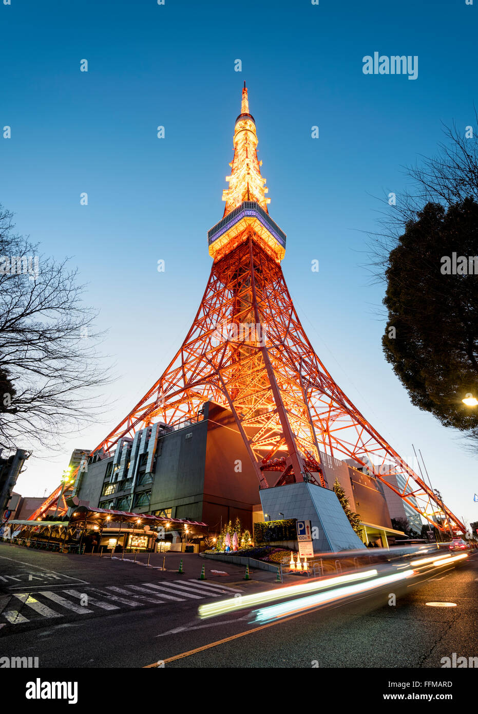 Tokyo Tower with traffic trail - Stock Image