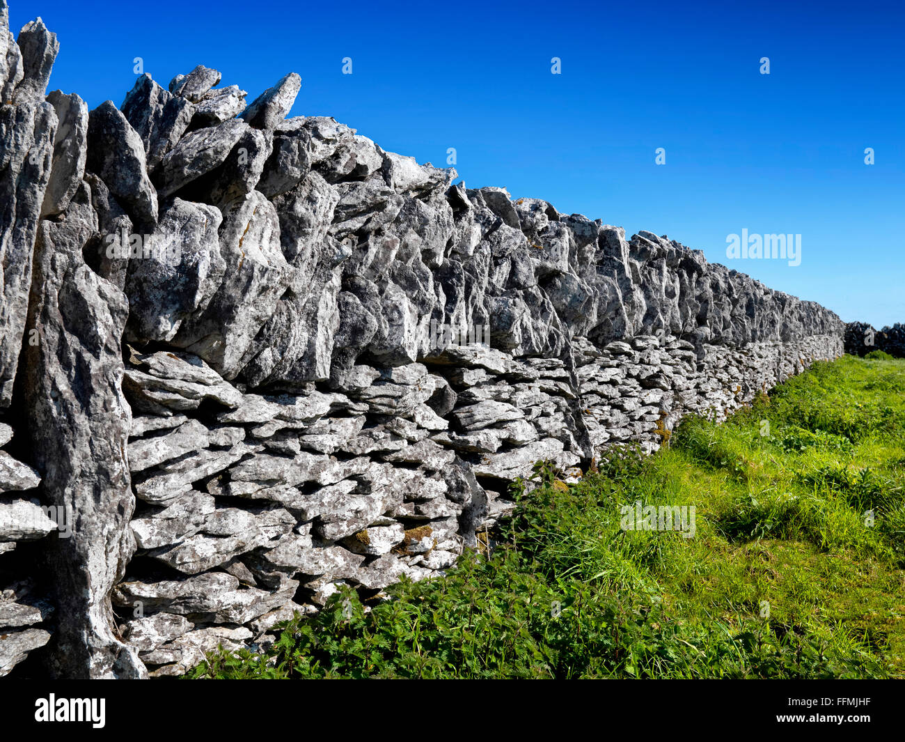 Dry stone wall, Burren , Clare, Ireland - Stock Image