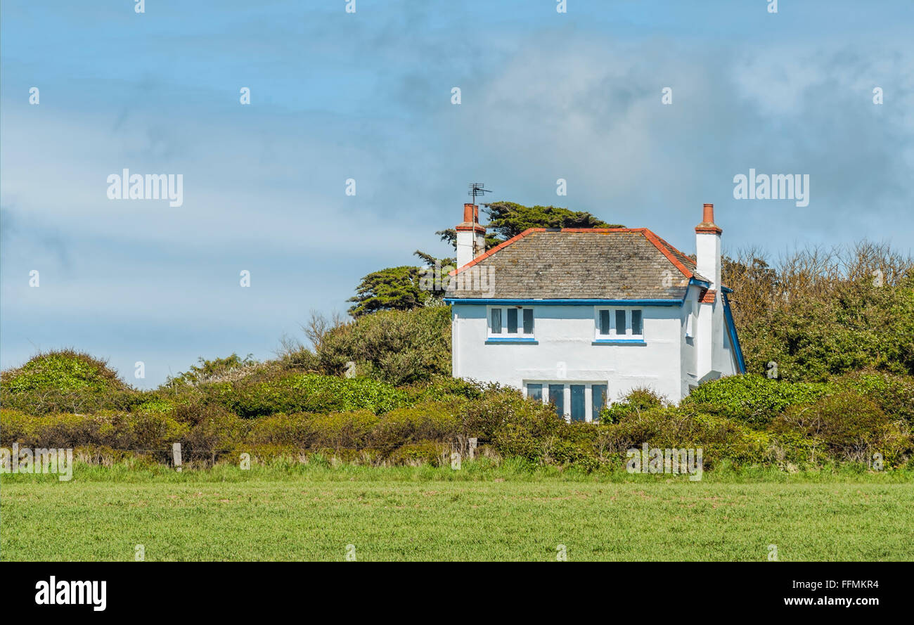 Farm cottage at the Isle of Wight, South England | Farmhaus an der Suedkueste der Isle of Wight, Suedengland - Stock Image