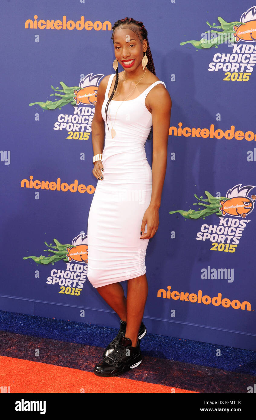Olympic track and field athlete Brigetta Barrett arrives at the Nickelodeon Kids' Choice Sports Awards 2015 - Stock Image