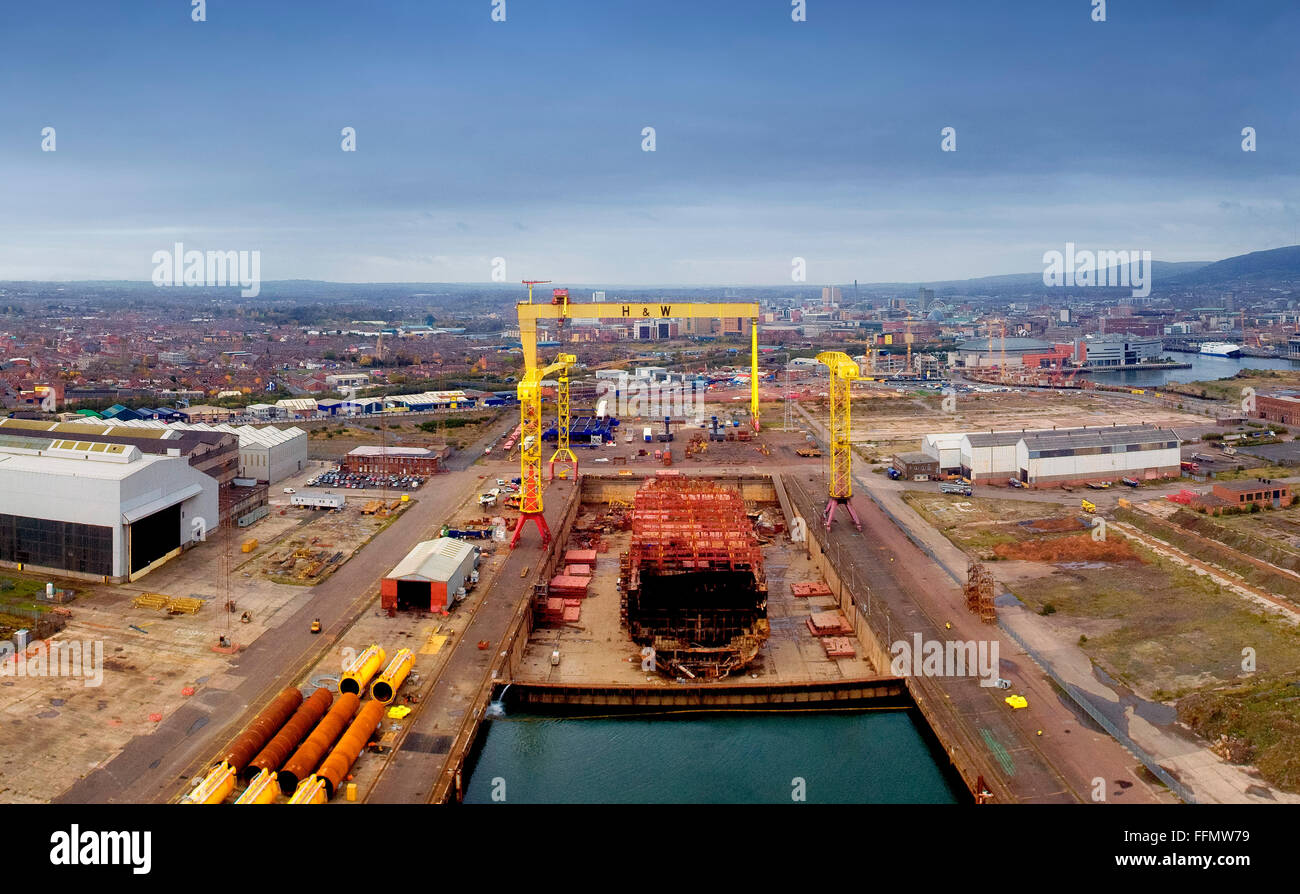 Harland & Wolff shipyard Belfast. Napoli container ship is taken apart - Stock Image
