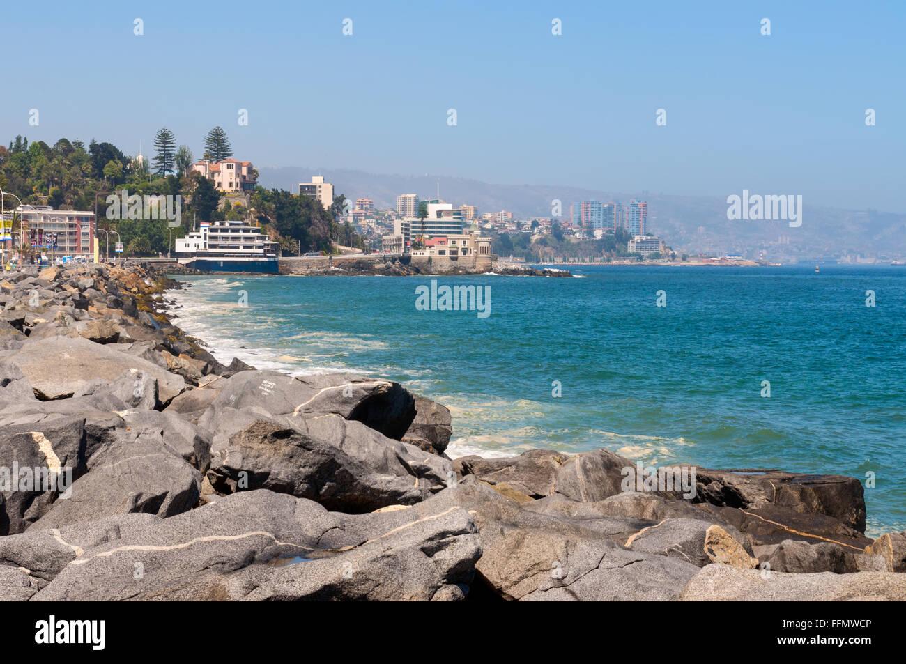 View on the Pacific Ocean coastline of Vina del Mar, Valparaiso Region in Chile. Stock Photo
