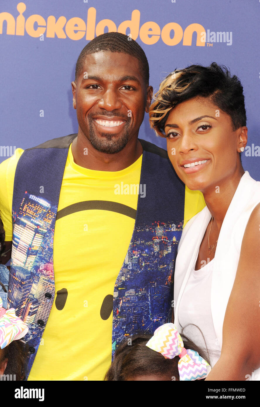 NFL player Greg Jennings and wife arrive at the Nickelodeon Kids' Choice Sports Awards 2015 at UCLA's Pauley - Stock Image