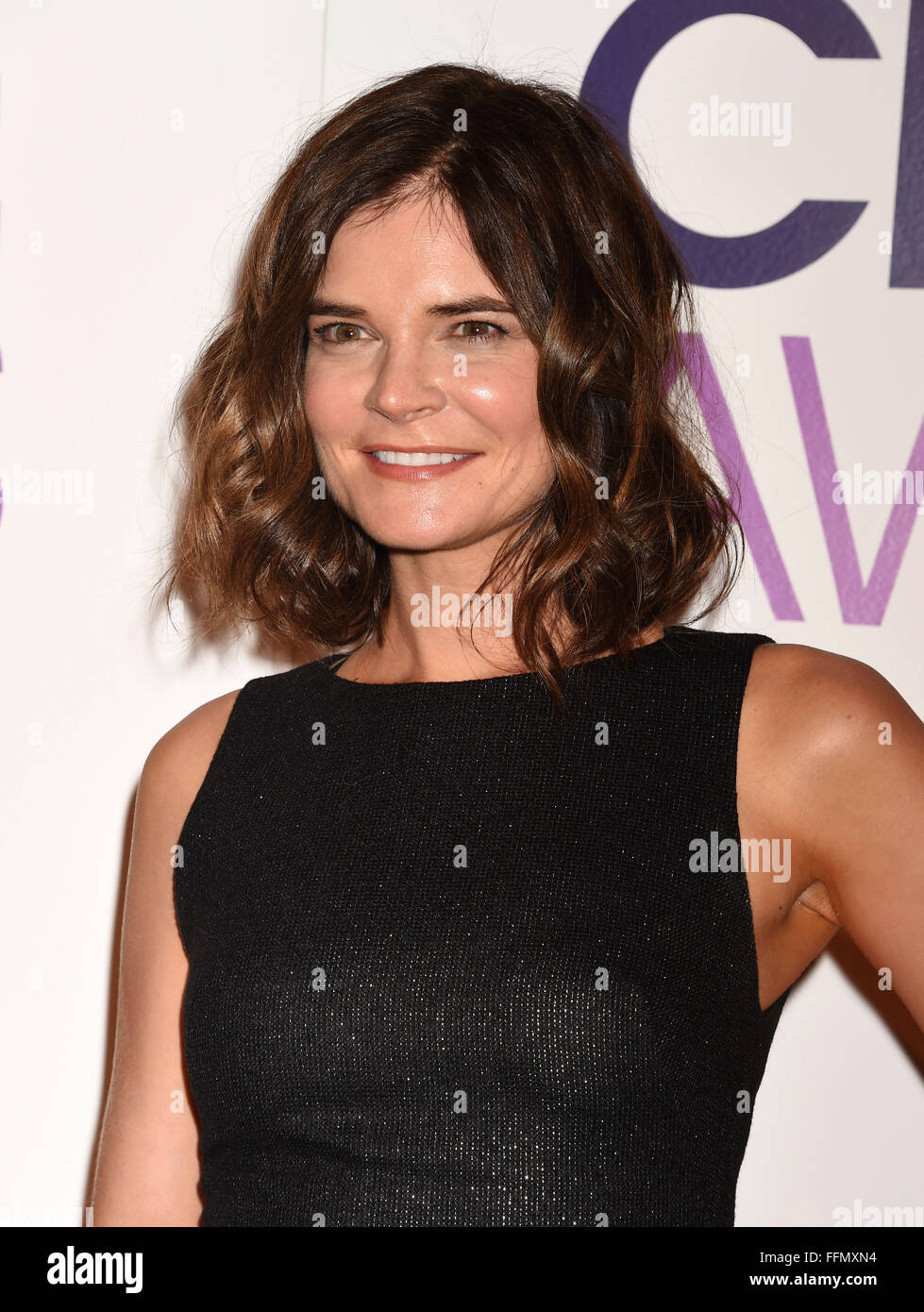 Actress Betsy Brandt attends the People's Choice Awards 2016 - Nominations Press Conference at The Paley Center - Stock Image