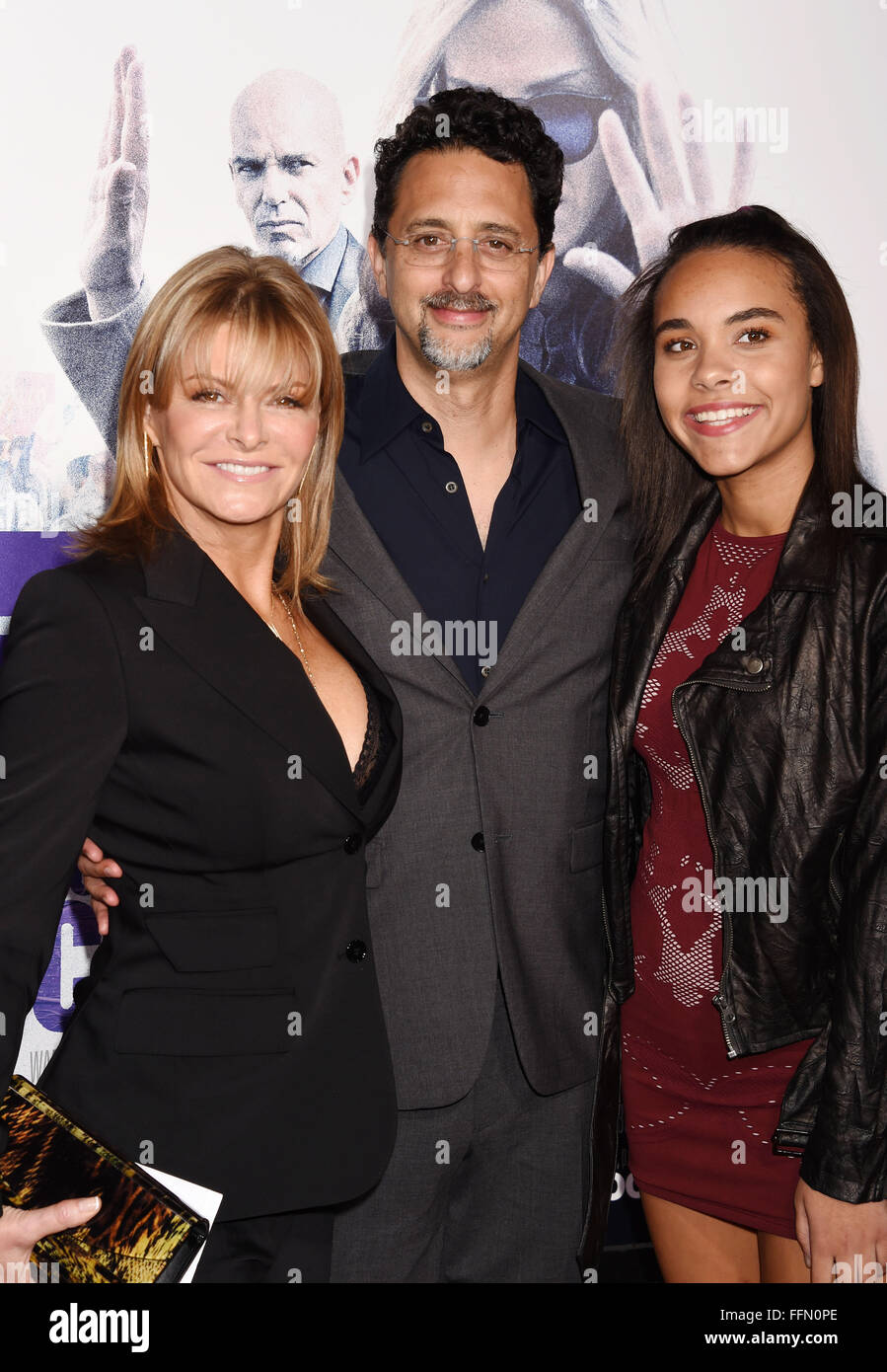 Producer Grant Heslov (C) and guests arrive at the premiere of Warner Bros. Pictures' 'Our Brand Is Crisis' - Stock Image