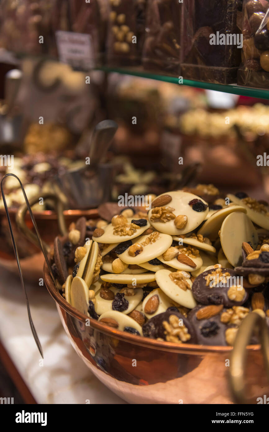 Chocolate Candy Store Display Stock Photos & Chocolate Candy Store ...
