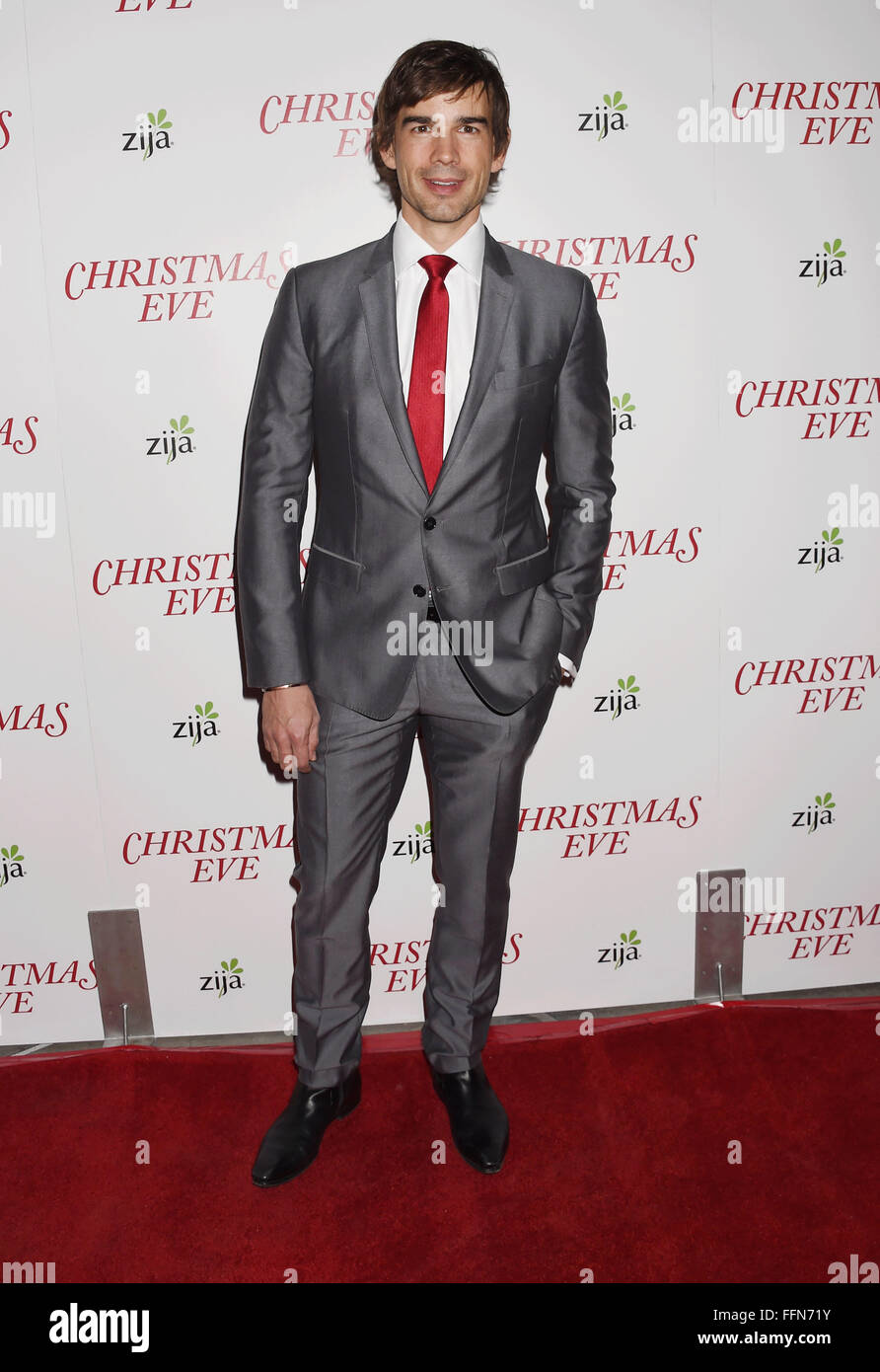 Actor Christopher Gorham arrives at the premiere of Unstuck's 'Christmas Eve' at the ArcLight Hollywood - Stock Image