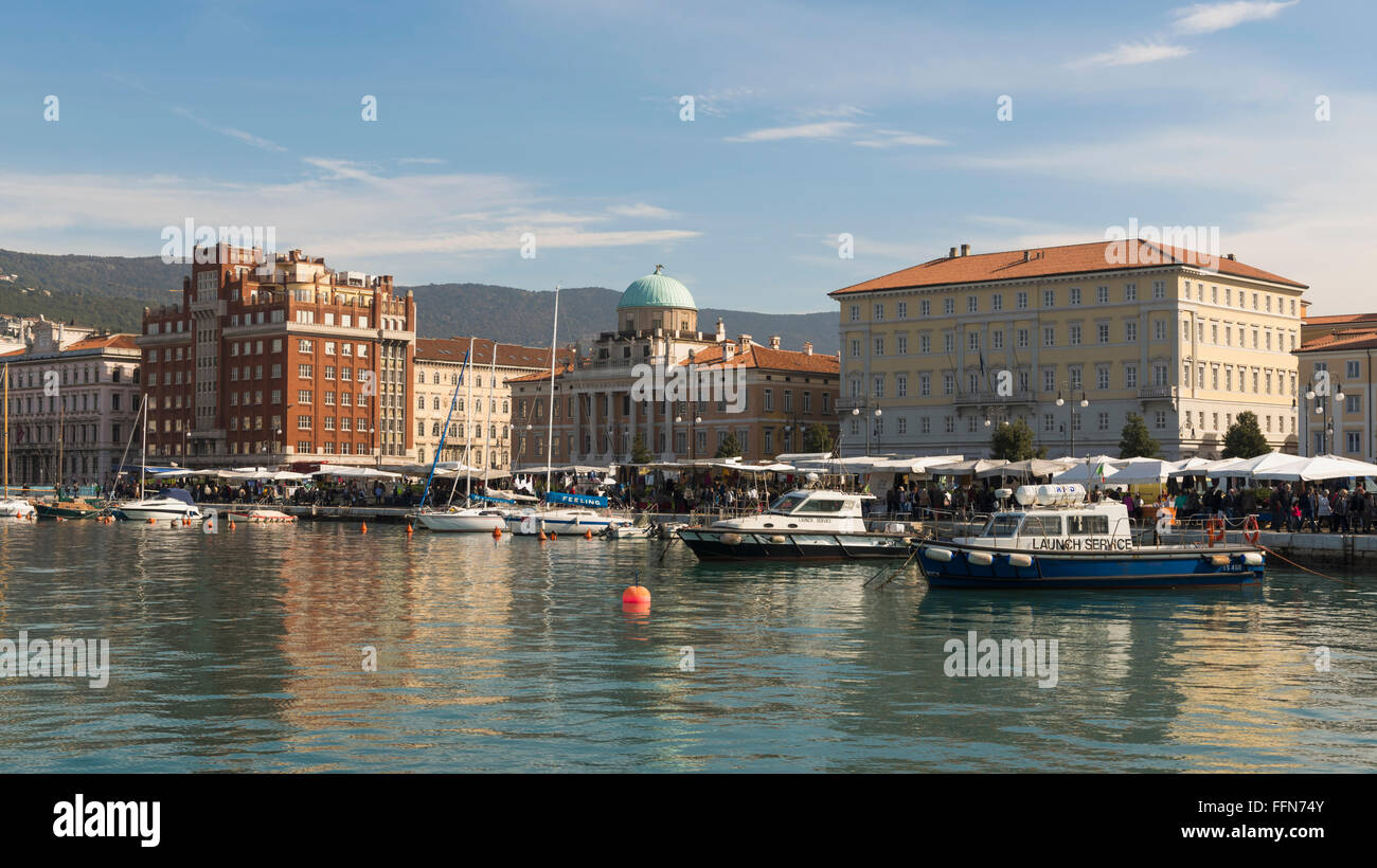 Market stalls on the Trieste waterfront, Italy, Europe with market on the quayside - Stock Image
