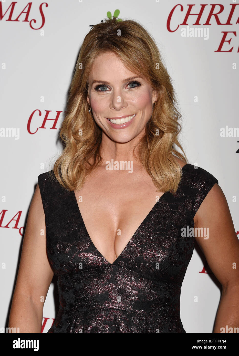 Actress Cheryl Hines arrives at the premiere of Unstuck's 'Christmas Eve' at the ArcLight Hollywood - Stock Image