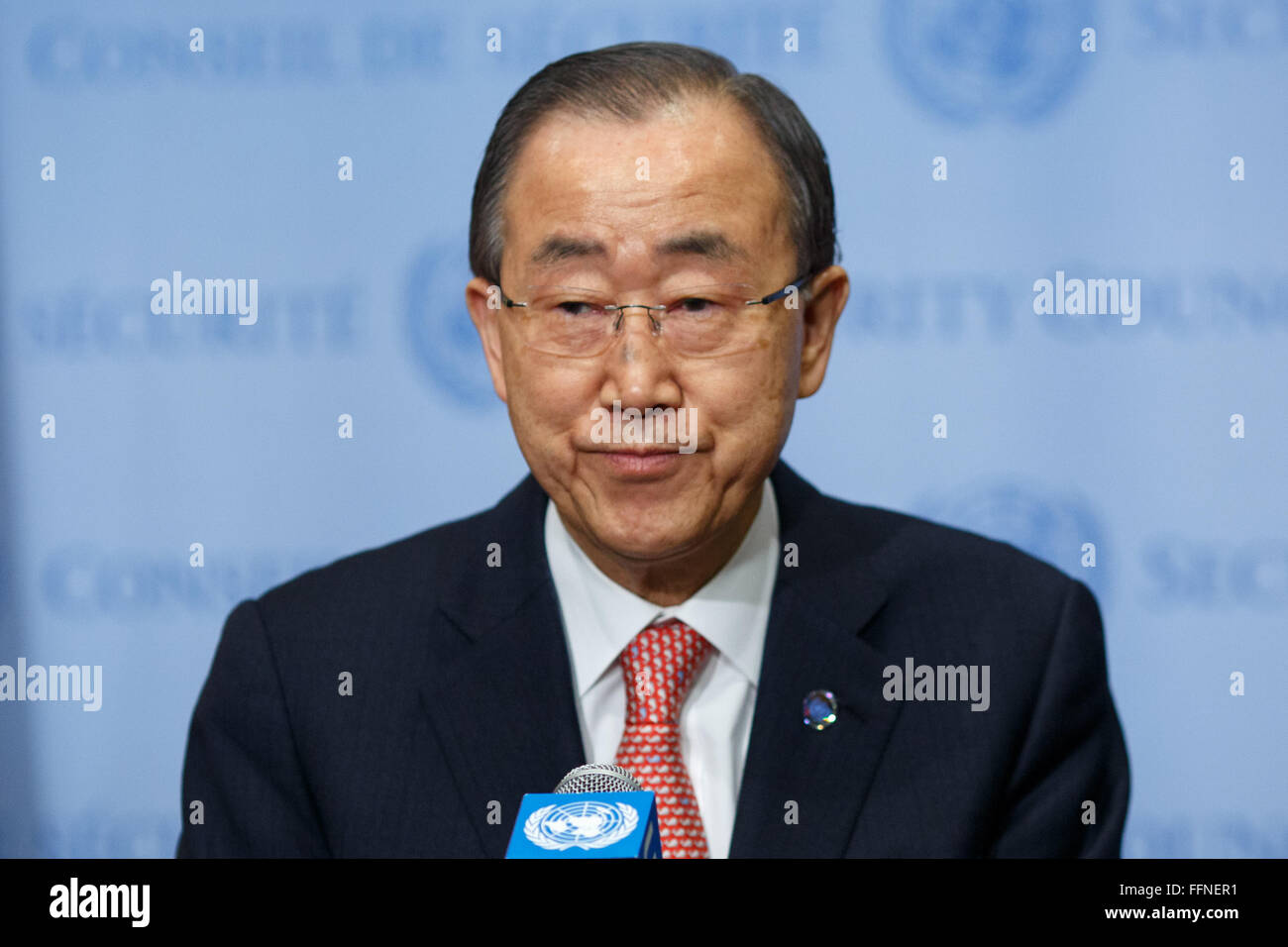 United Nations, UN headquarters in New York. 16th Feb, 2016. United Nations Secretary-General Ban Ki-moon reads - Stock Image
