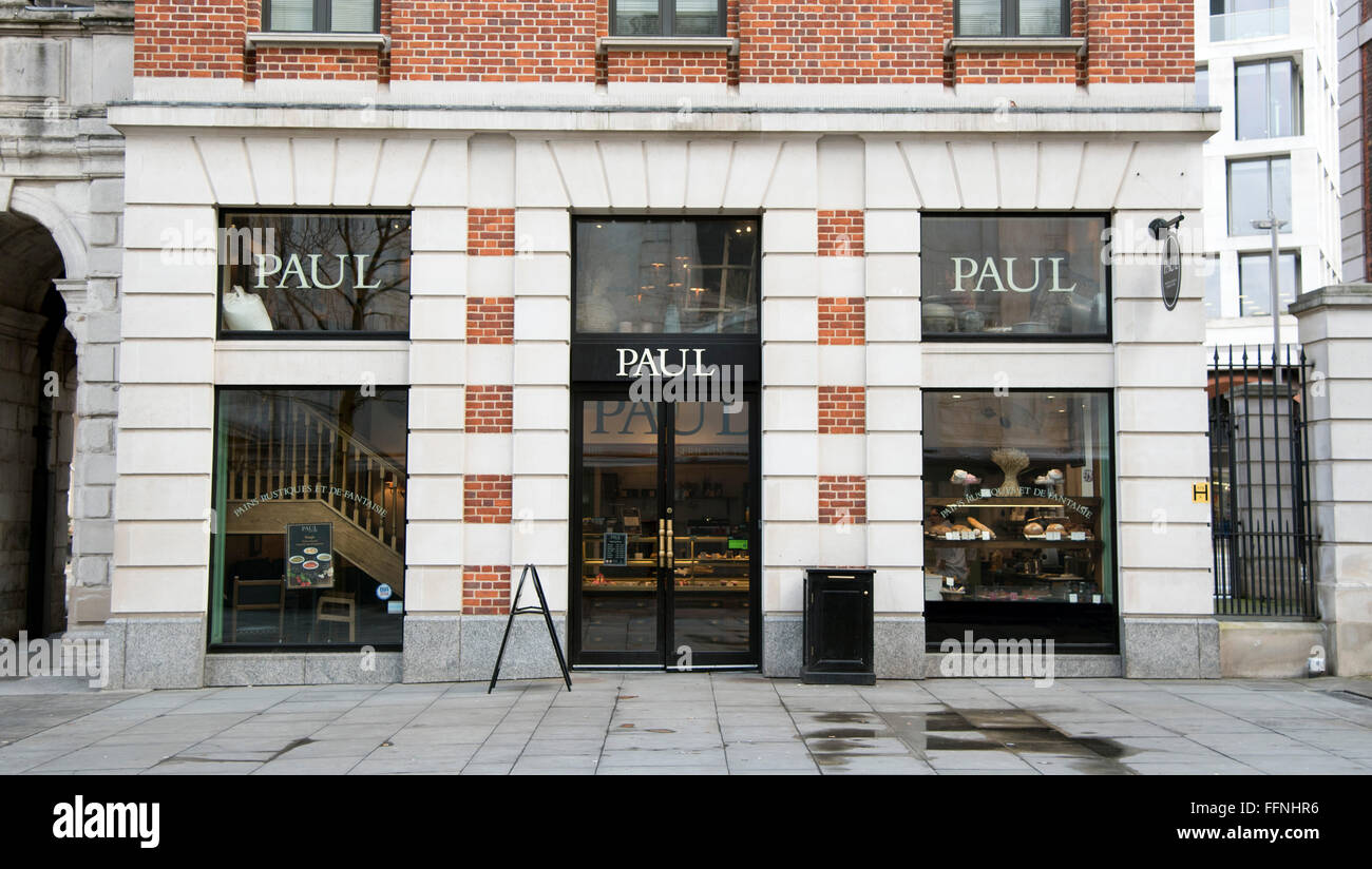 Paul trendy bakery boulangerie cafe French - Stock Image