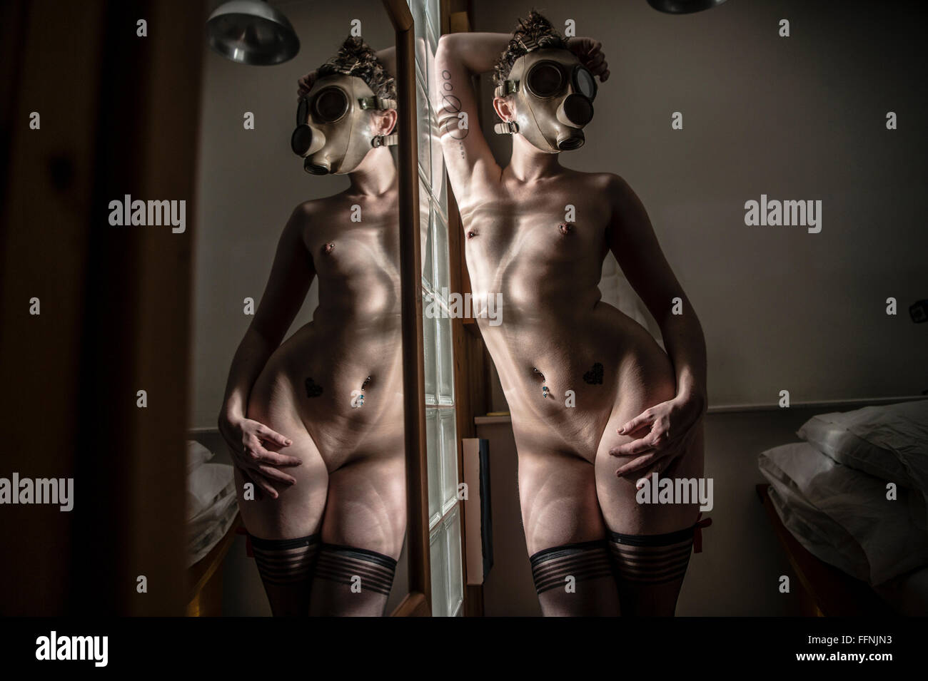 naked girl role play