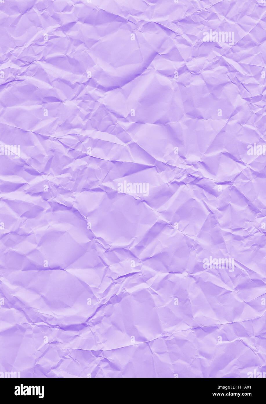 Knitter Hintergrund lila Papier geknickt Knicke knicken zerknittert Knautsch zerknautscht kaputt gefaltet falten - Stock Image