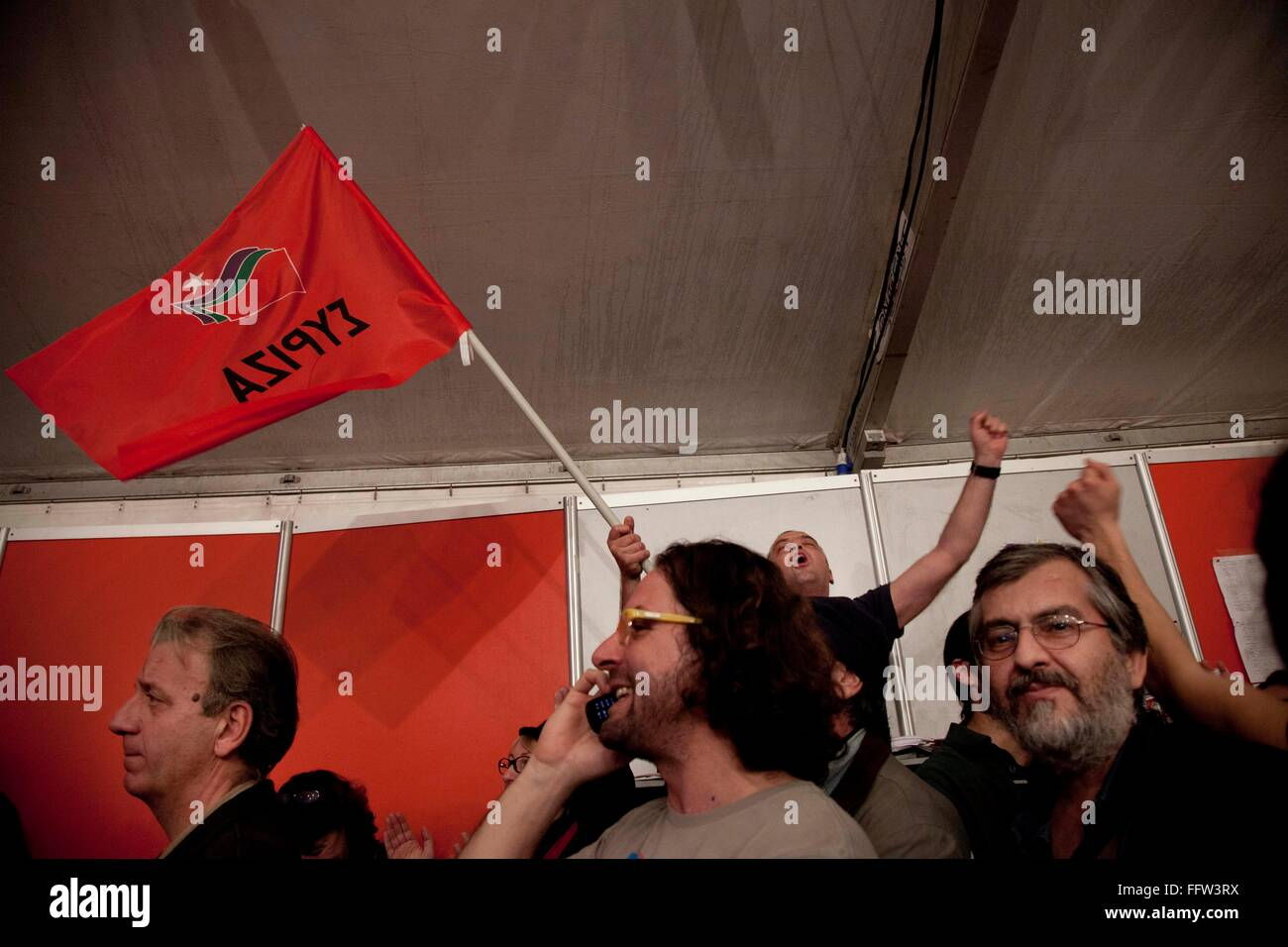 Elections in Greece -  26/01/2015  -  Greece / Attica / Athens  -  Syriza supporters celebrate after the first exit - Stock Image