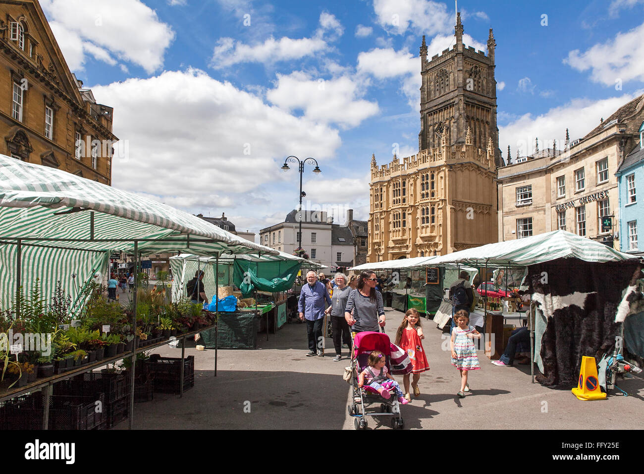 Market town on a sunny day in Cirencester. Gloucestershire. England. UK. Stock Photo