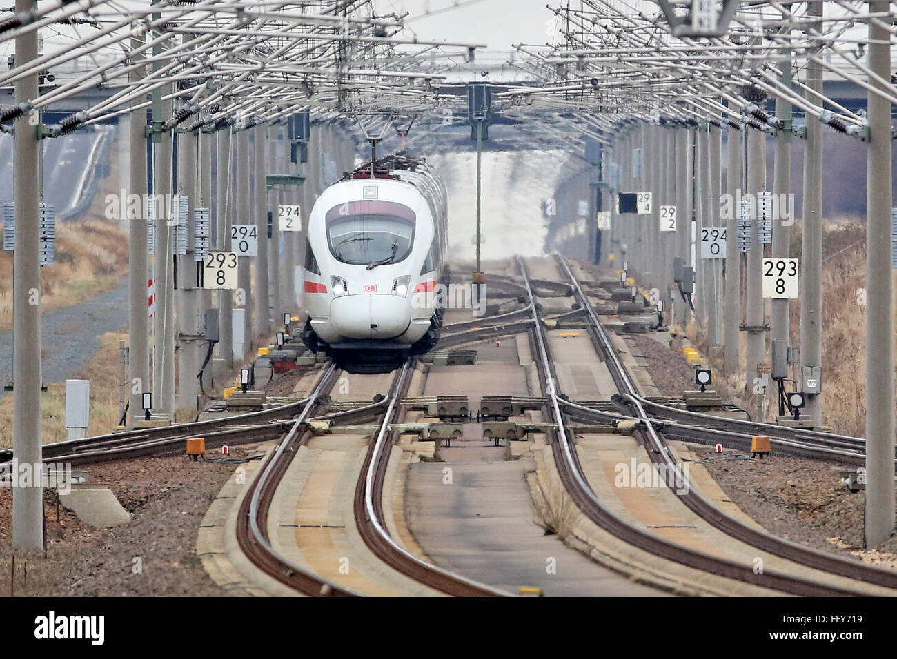 Schkeuditz, Germany. 16th Feb, 2016. An ICE tilting train passes the station 'Leipzig/Halle Airport' in Schkeuditz, Stock Photo