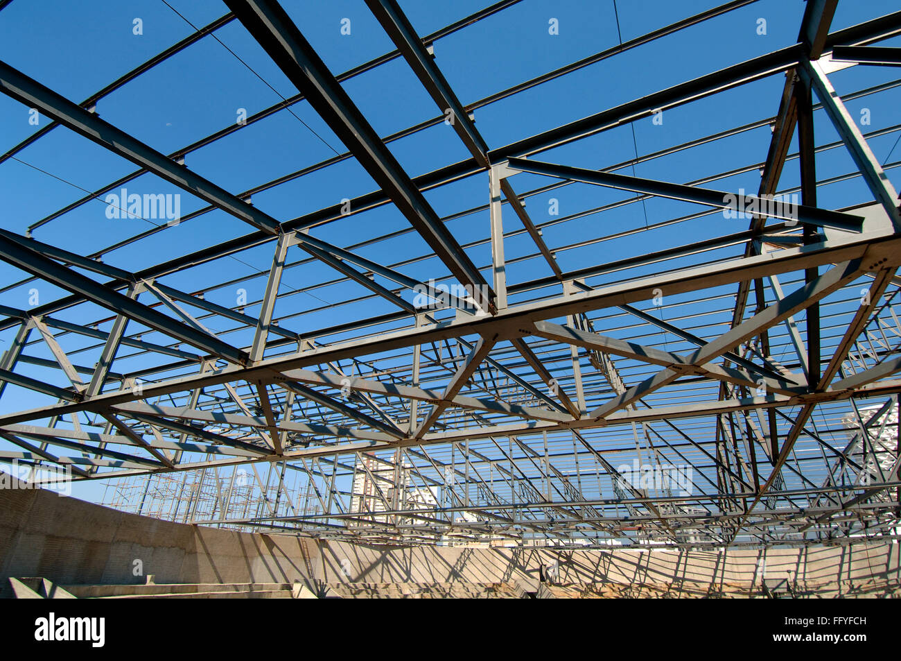Stadium Roof Stock Photos Amp Stadium Roof Stock Images Alamy