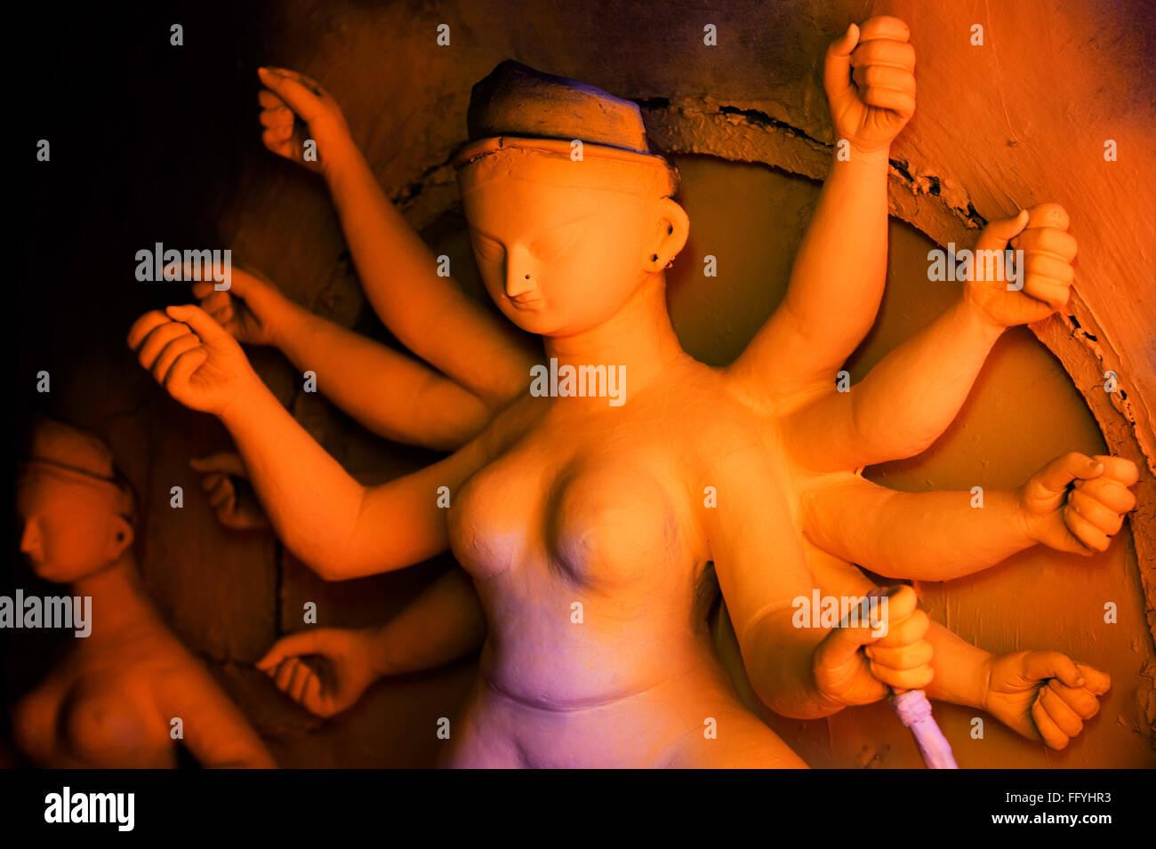 Incomplete idol of goddess durga ; Kumartuli ; Calcutta Kolkata ; West Bengal ; India 12 September 2009 - Stock Image