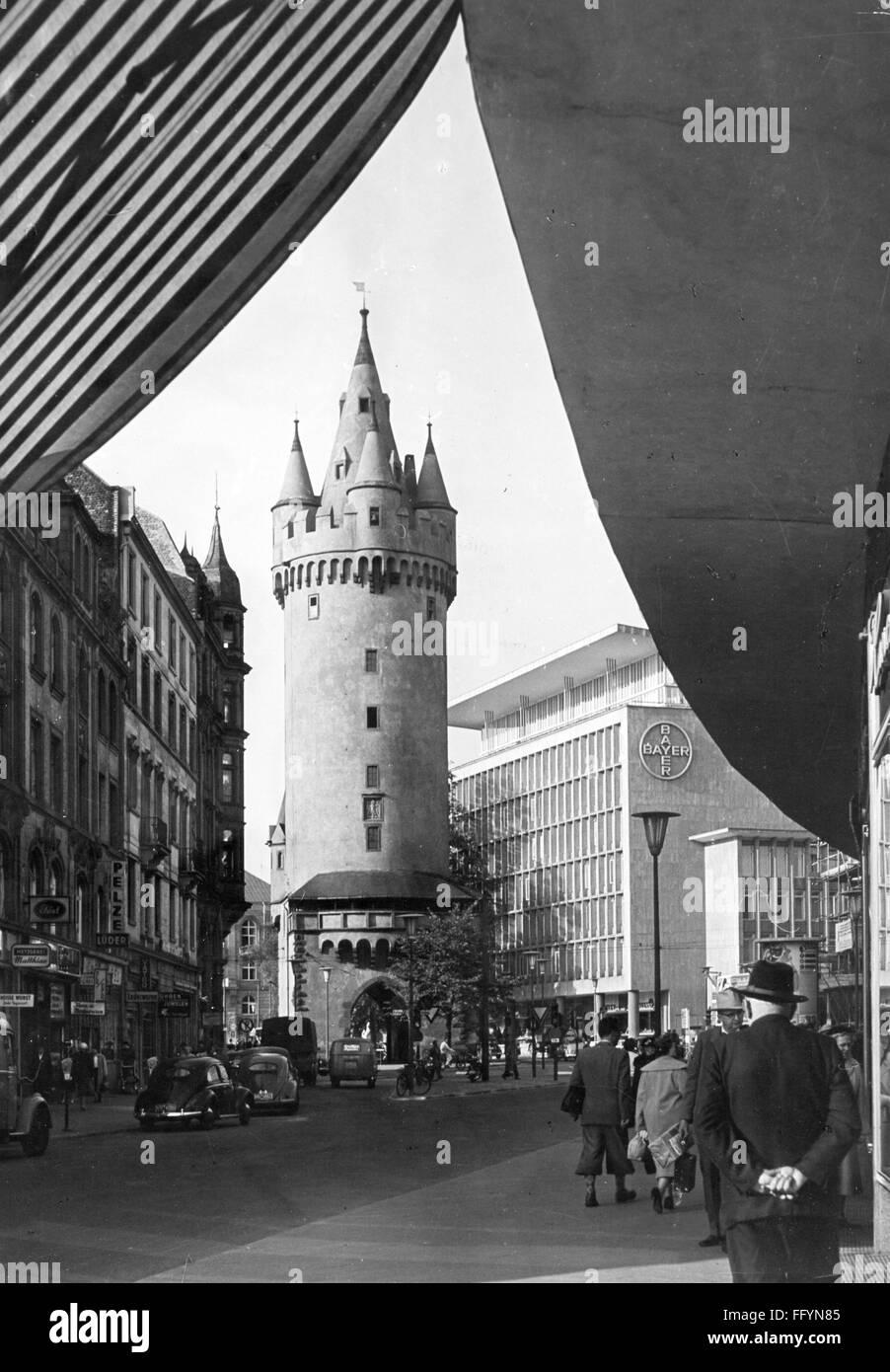 geography / travel, Germany, Frankfurt am Main, streets, Grosse Eschenheimer Strasse with Eschenheimer Turm, view, - Stock Image