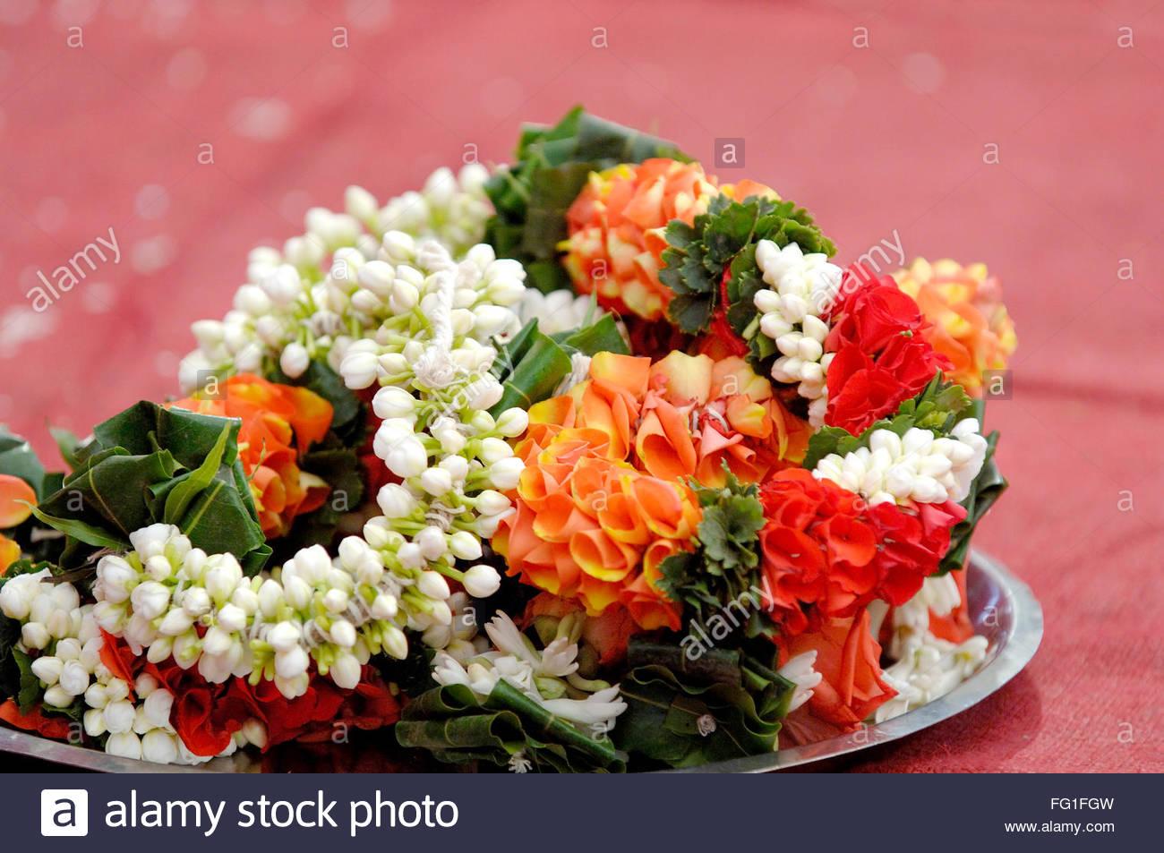 Best Purple Flowers Flower Garlands For Indian Weddings Purple