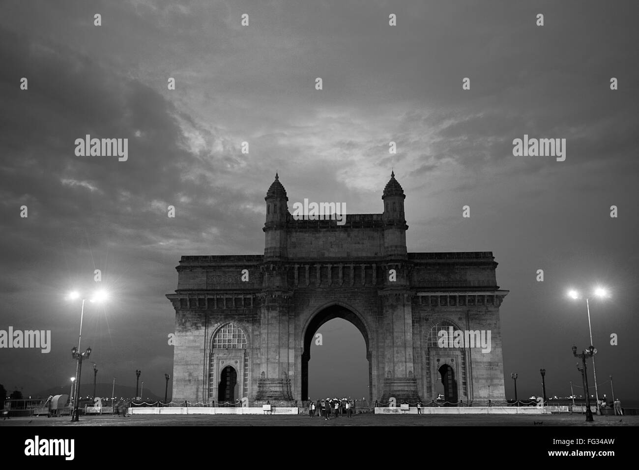 Gateway of India ; Bombay ; Mumbai ; Maharashtra ; India - vhm 225066 - Stock Image