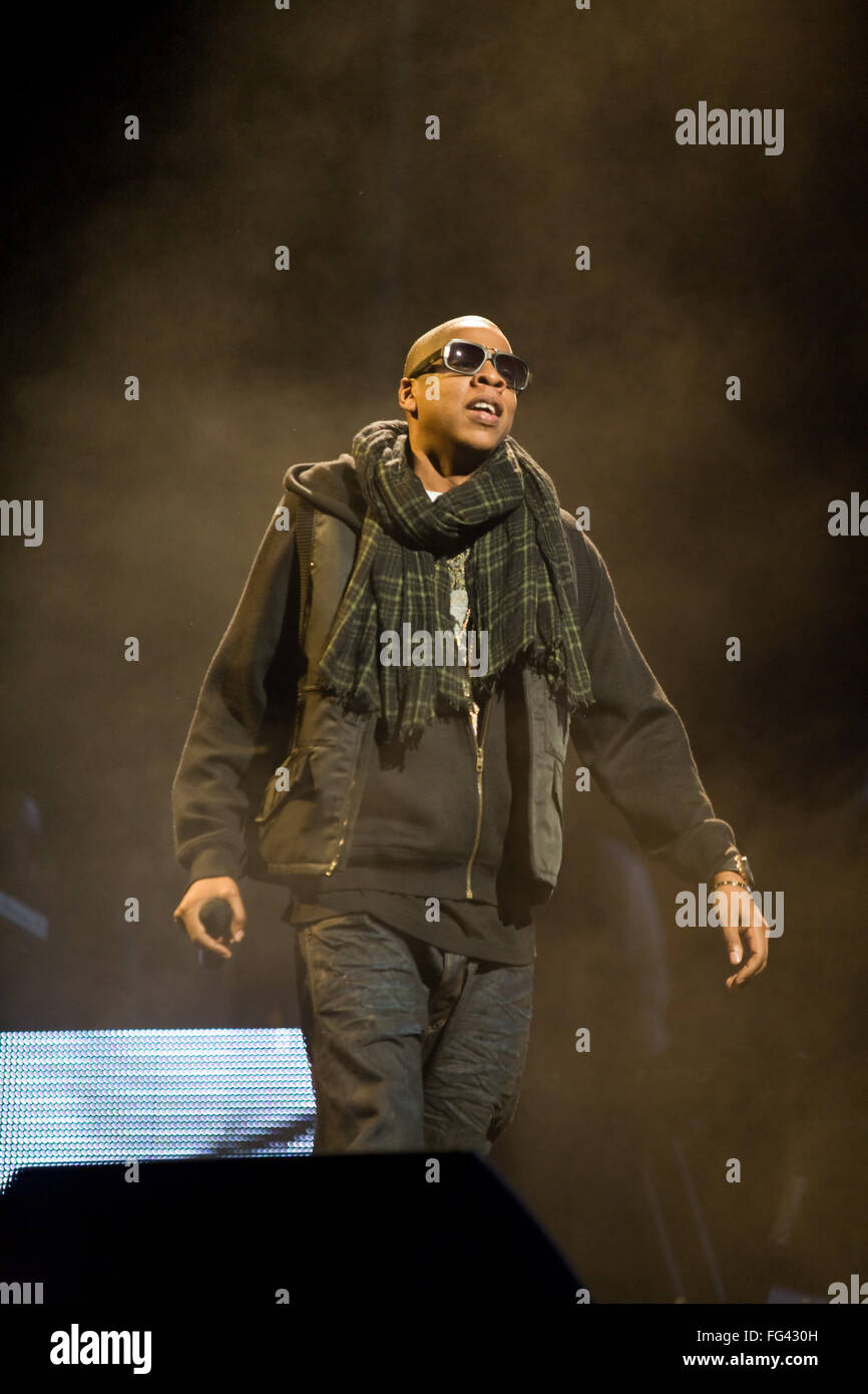 American artist Jay-Z , Jay Z headlining the Pyramid Stage at Glastonbury Festival 2008, Somerset, England, United Stock Photo