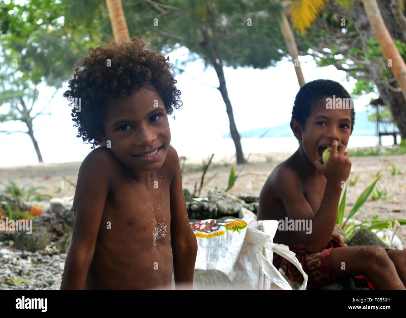 island kids in Milne Bay - Stock Image