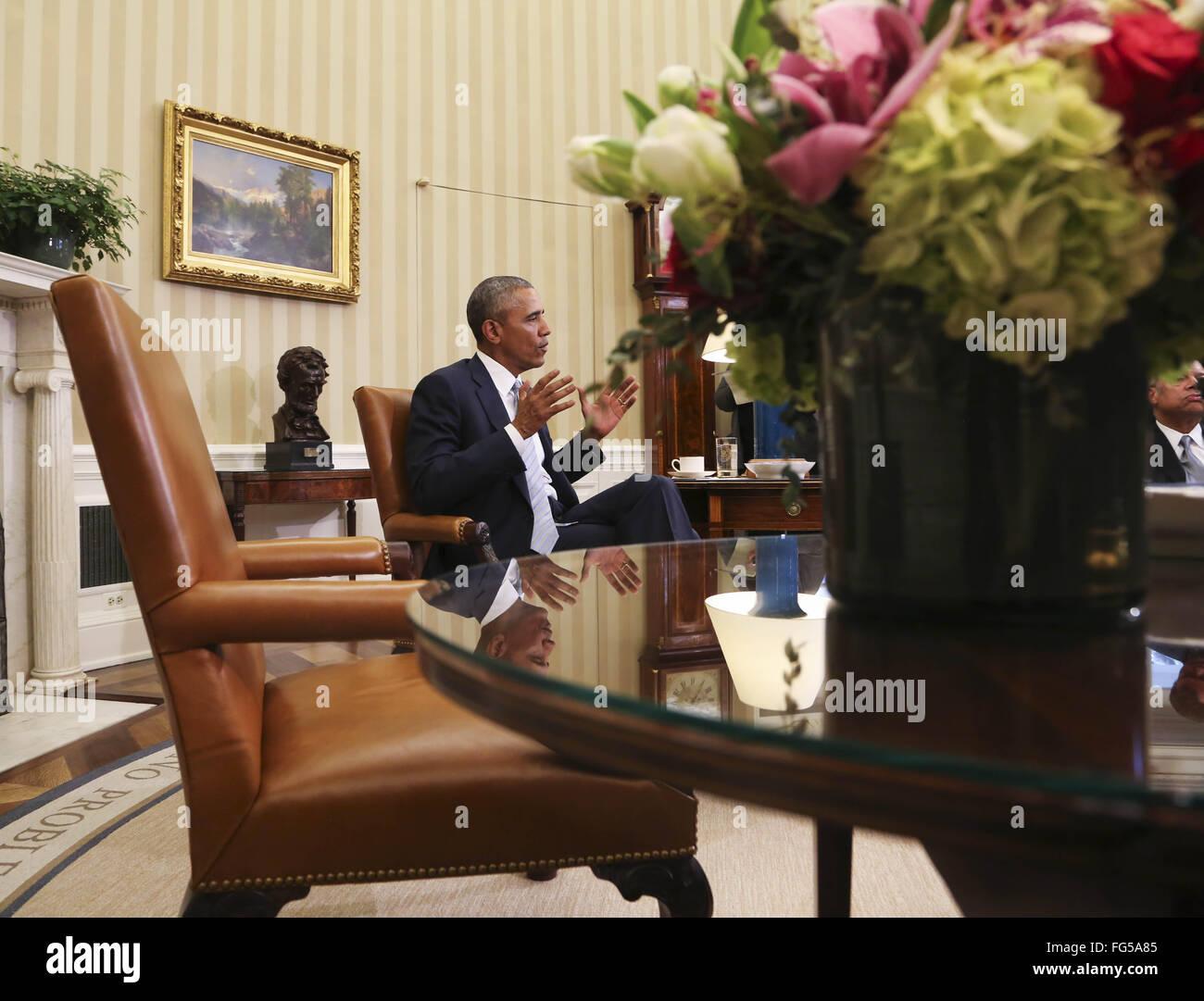 Washington DC, USA. 17th February, 2016.  United States President Barack Obama meets with former National Security - Stock Image
