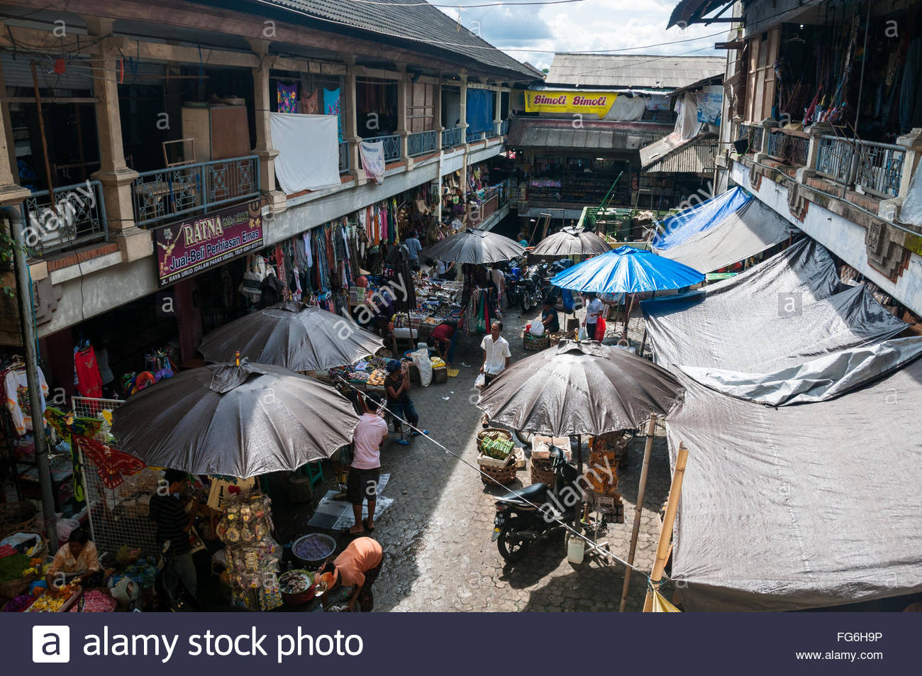 A view over the Ubud Market and its stalls, Bali, Indonesia. - Stock Image